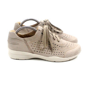 EARTH Serval Tan Leather Sneakers